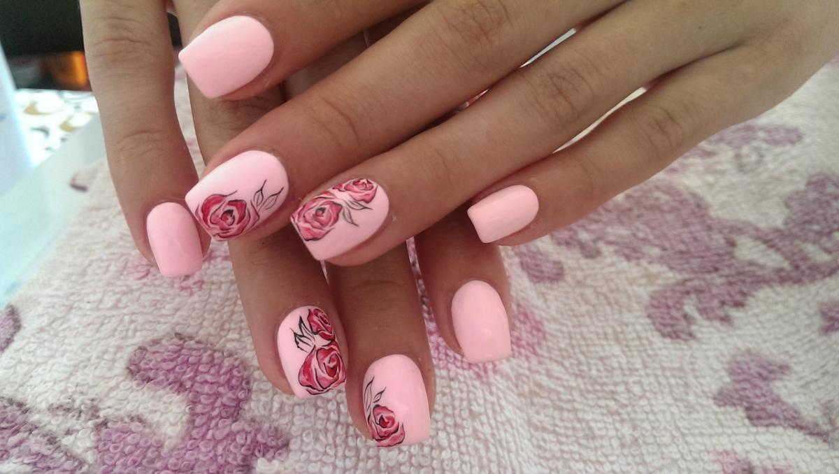 Маникюр фото дизайн розовый